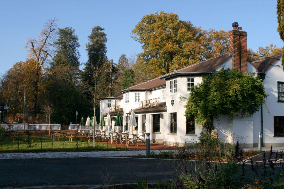 Foresters-Pub-Garden
